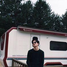 Korean Fashion Trends you can Steal – Designer Fashion Tips Korean Ulzzang, Ulzzang Boy, Asian Boys, Asian Men, Beautiful Boys, Pretty Boys, Henry Cheng, Korea Boy, Aesthetic Boy