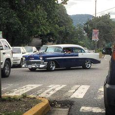 Rolling Bel Air #morninautos #chivera #chevy #chevrolet #chevy57 #belair #chevybelair #classiccars #vintagemotors #americanmuscle (at La Boyera Caracas)