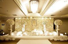 http://www.rainforest.co.th/portfolios/view/8/elegant-white-roses