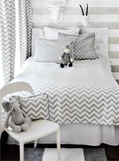 Zig Zag Bedding Set by New Arrivals Inc. - RosenberryRooms.com