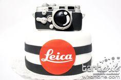 Leica Camera Cake by www.tartarte.com
