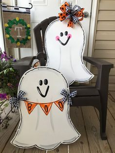 Set of 2 Halloween ghost door hangers, boy and girl ghost door hangers, fall door hanger, double doo is part of Autumn crafts Door girl set but can be customized to fit your style Each measures app - Halloween Wood Crafts, Halloween Signs, Halloween Ghosts, Fall Crafts, Halloween Diy, Ghost Crafts, Pallet Ideas For Halloween, Halloween Stuff, Halloween Makeup