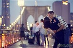 I want a picture like this. Love it! The Brooklyn Bridge <3