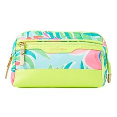 Lilly Pulitzer Lilly Pulitzer Travel Dopp Cosmetic Case ($52) ❤ liked on Polyvore featuring beauty products, beauty accessories, bags & cases, wash bag, cosmetic bags, makeup bag case, toiletry bag and cosmetic purse