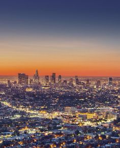 With the right person, Los Angeles can be one of the most romantic places on the planet—here are a few ideas to spark a romantic weekend getaway. Romantic Things To Do, Most Romantic Places, Romantic Weekend Getaways, Romantic Destinations, Romantic Picnics, Travel Reviews, City Of Angels, Los Angeles Homes, California Travel