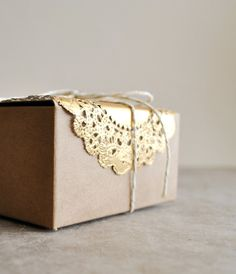 metallic gold doilies