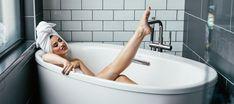 Which SO soak is your best bath buddy? Rose Essential Oil, Best Essential Oils, Bubble Bath Soap, Cast Iron Bathtub, Talc, Dry Skin Remedies, Shower Cleaner, Relaxing Bath, Best Bath