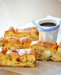 *Συνταγές απλές και εύκολες*: Αλμυρό κέικ ( βασική συνταγή) Και κρεμάστε το μίξερ…ψηλά!!! French Toast, Pizza, Cheese, Breakfast, Food, Morning Coffee, Essen, Meals, Yemek