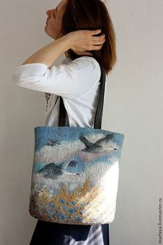 Felted Bag Handbag Purse Felt Nunofelt Nuno felt Silk by Feltsongs Choosing bags as outlined Nuno Felting, Needle Felting, Felt Pictures, Bag Pattern Free, Felt Purse, Art Bag, Patchwork Bags, Felt Crafts, Purses And Handbags