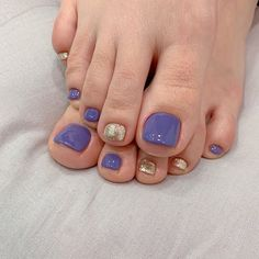ไอเดียเพ้นท์เล็บเท้าสดใส ดูเซ็กซี่ขี้เล่นแบบสาวเกาหลี IG ddowa_nail Summer Toe Nails, Neutral Nails, Minimalist Nails, Toe Nail Art, Long Nails, Nails Inspiration, Beauty Nails, Manicure, Nail Designs