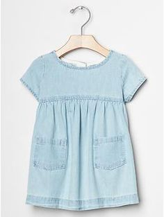 Denim pocket dress