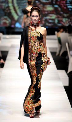Muslimah Fashion Tips .Muslimah Fashion Tips Batik Fashion, Ethnic Fashion, Asian Fashion, French Fashion, Love Fashion, Fashion Design, Fashion Trends, Style Fashion, Fashion Hacks