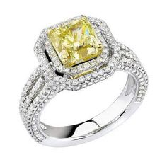 2.06 ct Yellow Diamond Ring
