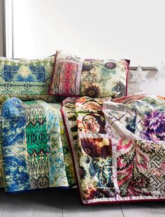 Quilts galore.