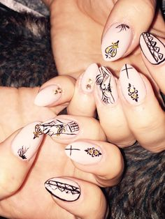 Nude tribal nail art by @Beautiful souls