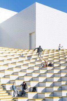 Bjarke Ingels Group and LEGO Go Big with the 12,000 m2 LEGO House - Design Milk