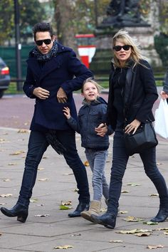 Kate Moss Jamie Hince Lila Grace Blue Coat Jeans Black Jacket