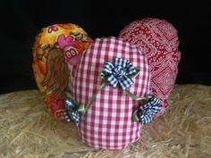 How to make Western / Bandana Fabric Easter Eggs DIYhttp://westernborderandcompany.blogspot.com/2012/03/western-fabric-easter-eggs.html
