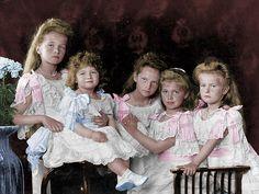 Grand Duchess Olga, Tsarevich Alexei, Grand Duchesses Tatiana, Maria, and Anastasia: 1906.