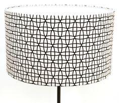 Abat-jour Ø40 / hauteur: 20cm en tissu noir et blanc motifs graphiques : Luminaires par lampbar