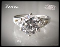 Silver ring from Korea - 925 sterling - zirkonia - www.flearoom.fi