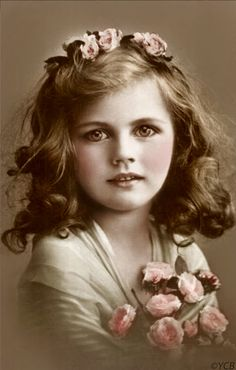 ~~vintage beauty, I really love old photos and this one is so beautiful