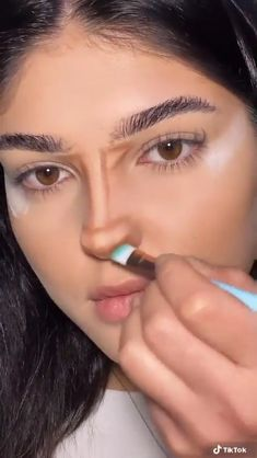Nose Makeup, Edgy Makeup, Eye Makeup Art, Eyeliner Makeup, Simple Makeup, Skin Makeup, Natural Makeup, Contour Nose, Nose Contouring