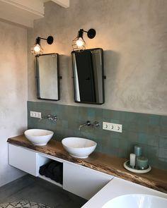 Deco Restaurant, Bathroom Design Small, Luxury Bath, Small Storage, Bathroom Interior, Bathroom Inspiration, Double Vanity, Bathroom Lighting, New Homes