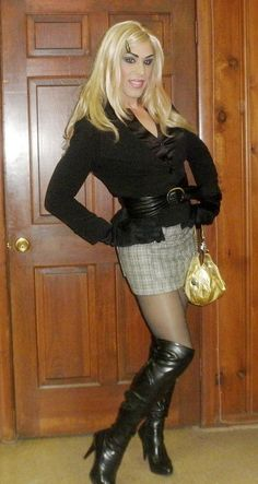 Transvestite - Cross Dress Men dressed up in their favorite girl clothes, tights, pantyhose. Also includes transvestite on. Transgender, Third Gender, After Life, Gender Bender, Drag Queens, In Pantyhose, Tgirls, Crossdressers, Well Dressed