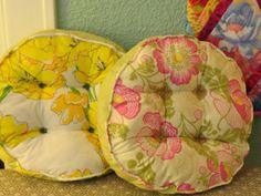 B. Illustrious Pillow