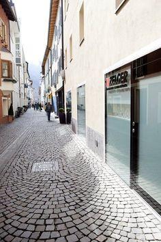 Zelger Center Brixen, Brixen, 2012 - monovolume architecture + design
