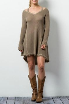 How Do You Combine Sweater Dresses? #sweaterdressgrey #sweaterdressoutfits #sweaterdressoutfitsideas #sweaterdressstreetstyle Visit website >> http://www.knittingdesigns.net/how-do-you-combine-sweater-dresses/