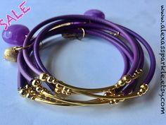 d57323824cfb Items similar to SALE  Purple Rubber Bracelet Set with gold plated charms-  Semanario pulseras de caucho color morado purpura con dijes chapa de oro on  Etsy