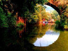 Boa tarde :D Este pode ser mesmo o último fim de semana em que se pode dar um mergulho. Na imagem a Ponte Velha de Ázere em Arcos de