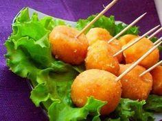 Жареные сырные шарики с чесноком