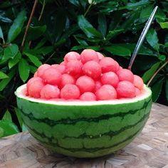 watermelon, food, and fruit image - Health Food Think Food, I Love Food, Good Food, Yummy Food, Kreative Desserts, Healthy Snacks, Healthy Recipes, Healthy Fruits, Healthy Drinks