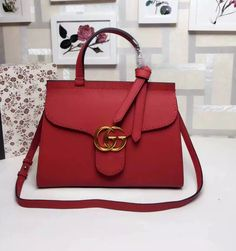 Gucci marmont woman hand bag GG buckle
