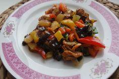 Jak uvařit pálivé kuře s ananasem | recept....... http://www.jaktak.cz/jak-uvarit-palive-kure-s-ananasem-recept.html