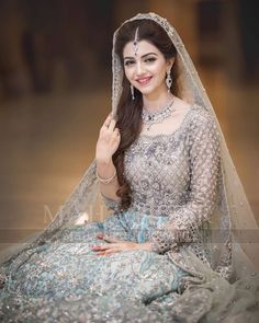 wedding hairstyles Step By Step; wedding hairstyles For Kids - Latest Bridal Dresses, Bridal Mehndi Dresses, Indian Wedding Gowns, Walima Dress, Asian Bridal Dresses, Asian Wedding Dress, Pakistani Wedding Outfits, Indian Bridal Outfits, Bridal Dress Design