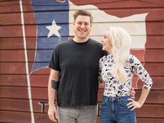 Q&A: Natalie & Dave Sideserf of Food Network's Texas Cake House - Austin Amplified - July 2017 - Austin, TX Food Network Star, Food Network Recipes, Texas Cake House, Surf Cake, Sarah Wilson, Cake Business, Man Vs, Young Couples, Let Them Eat Cake