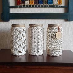 Best and Simple DIY Mason Jar Crafts - AmigurumiHouse Crochet Decoration, Crochet Home Decor, Crochet Crafts, Crochet Projects, Macrame Art, Macrame Design, Mason Jar Crafts, Bottle Crafts, Macrame Patterns