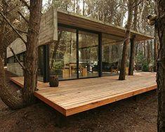 BAK arquitectos builds the casa mar azul in a dense forest