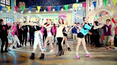 [MV] HELLOVENUS 헬로비너스_Venus    --    This was a FABULOUS debut! And is still one of my favorite songs by HV!