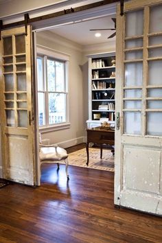 Barn style hung repurposed old doors, part of the Cedar Hill Farmhouse home tour… stunning! Barn style hung repurposed old doors, part of the Cedar Hill Farmhouse home tour… stunning! Farmhouse Homes, Cottage Homes, Farmhouse Office, Farmhouse Interior, Farmhouse Style, Style At Home, The Doors, Sliding Doors, Panel Doors