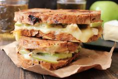 Roast-Chicken-Apple-and-Brie-grilled-cheese-7