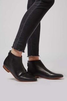 APPLE-BEE Ankle Boots