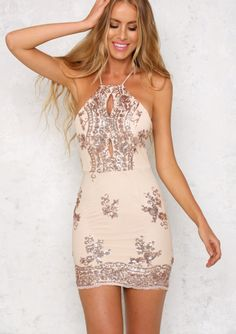 This stunning bodycon dress is sleeveless, with thin spaghetti straps, a crossover back, an invisible back zip at the waist and scalloped detailing at the lower back. We love the sheer rose gold sequin detailing over inner lining and the front cutouts! Hoco Dresses, Homecoming Dresses, Sexy Dresses, Summer Dresses, Formal Dresses, Casual Dresses, Dresses Elegant, Pretty Dresses, Beautiful Dresses