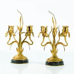 Maurice Bouval (1863-1913) - Paire de bougeoirs, Bronze doré et marbre - Date de [...], Arts Décoratifs 1870-1950 à Piasa | Auction.fr