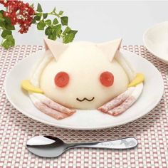 Madoka Magica Fans Can Eat Kyubey's Face as a Cake - Interest - Anime News Network:UK    Quick! Eat it before another Kyubey turns up to eat it!