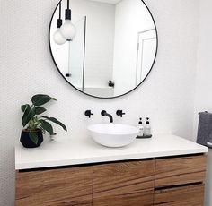 trendy bathroom black and white wood round mirrors Interior Design Living Room Warm, Kitchen Interior, Bathroom Renos, Round Mirrors, Modern Bathroom, Bathroom Black, Bathroom Canvas, Bathroom Inspiration, Cheap Home Decor